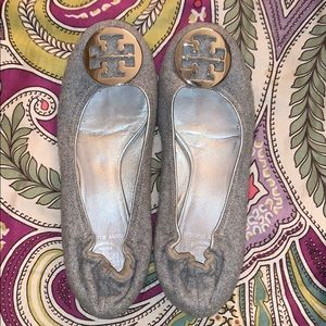 Lightly worn Tory Burch flats